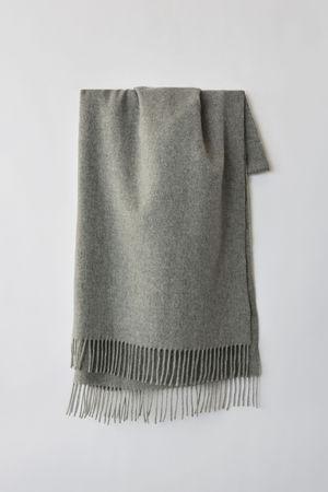 Acne Studios  Canada New Grau-meliert  Oversized-Schal aus Wolle grau
