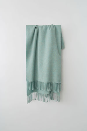 Acne Studios  Canada New Meliertes Pastellgrün Oversized-Schal aus Wolle grau