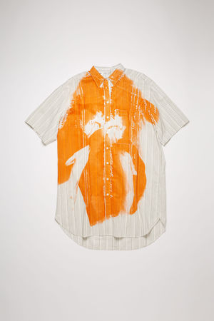 Acne Studios  FN-WN-DRES000352 Gebrochenes Weiß  Hemdkleid mit Magazin-Print grau