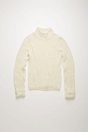 Acne Studios  FN-WN-KNIT000201 Gebrochenes Weiß  Gerippter Pullover mit Stehkragen braun