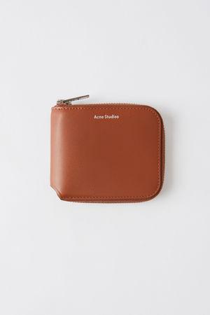Acne Studios  Kei S Neusilber  Kompaktes Portemonnaie mit Reißverschluss grau