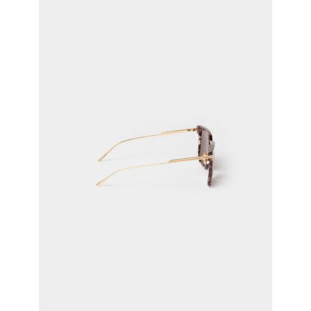 Bottega Veneta Sonnenbrille mit feinen Bügeln