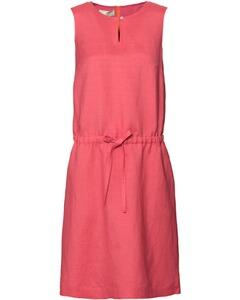 Brigitte von Schönfels Kleid rot