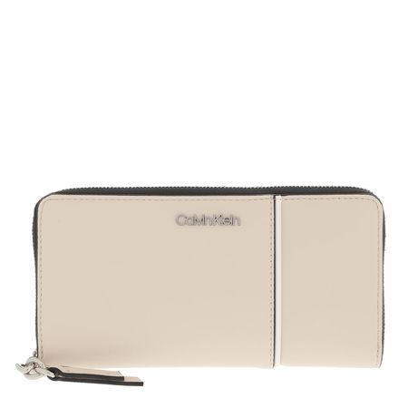 Calvin Klein  Portemonnaie  -  Chain Ziparound Wallet Bleached Sand  - in beige  -  Portemonnaie für Damen braun