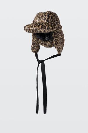 Dorothee Schumacher PLAYFUL ADVENTURE padded hat grau
