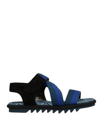 Dries van Noten  Damen Petroleum Sandale Leder, Gewebefasern schwarz