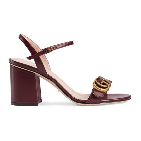 Gucci Doppel G Sandale aus Leder mit Absatz braun