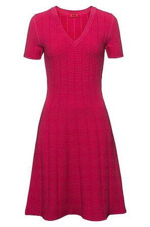 HUGO BOSS Kleid aus Super-Stretch-Gewebe mit Waffelstruktur pink