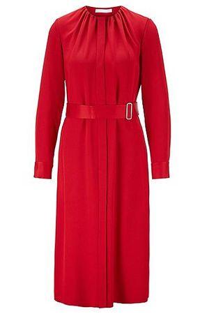 HUGO BOSS Langarm-Kleid aus italienischem Krepp in Knitter-Optik mit Gürtel rot