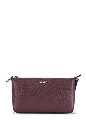HUGO BOSS Mini Bag aus italienischem Saffiano-Leder mit verstellbarem Schulterriemen braun