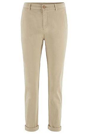 HUGO BOSS Regular-Fit Chino aus elastischer Baumwolle mit Satin-Finish in Cropped-Länge braun
