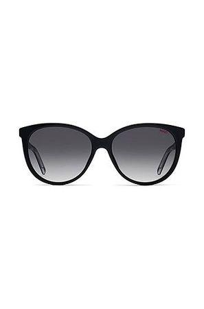 HUGO BOSS Sonnenbrille aus schwarzem Acetat mit Reversed-Logo grau