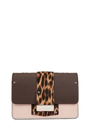 HUGO BOSS Umhängetasche aus Leder mit Leoparden-Print am Umschlag braun