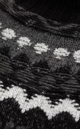 Iris von Arnim Cashmere Handstrickpullover mit Norwegerdetail schwarz