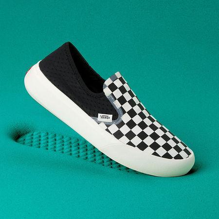 Vans  Checkerboard Comfycush One Schuhe ((checkerboard) Black/marshmallow) Damen Weiß, Größe 36 tuerkis