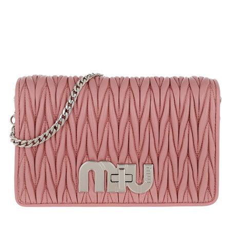 Miu Miu  Tasche  -  My Miu Chain Quilted Pochette Rosa  - in rosa  -  Tasche für Damen rot