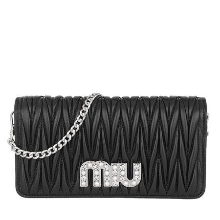 Miu Miu  Umhängetasche  -  Matelassé Wallet On Chain Black  - in schwarz  -  Umhängetasche für Damen grau