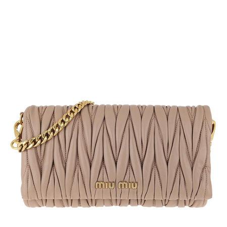 Miu Miu  Umhängetasche  -  Mini Matelasse Shoulder Bag Cameo Beige  - in beige  -  Umhängetasche für Damen braun