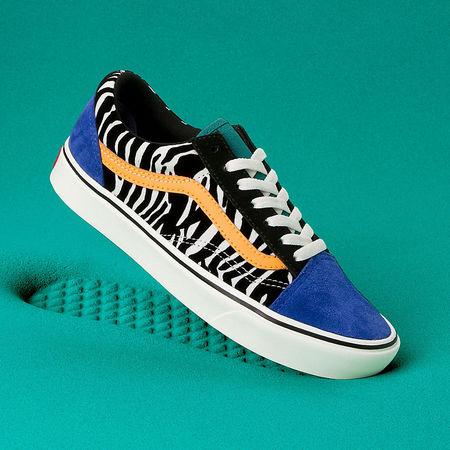 Vans  Zebra Comfycush Old Skool Schuhe ((zebra) Tidepool/surf The Web) Damen Multicolour, Größe 34.5 tuerkis