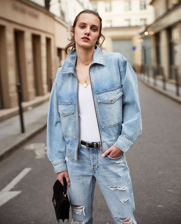 The Kooples  - hellblauer jeans-blouson mit oversize-taschen - blu - Damen
