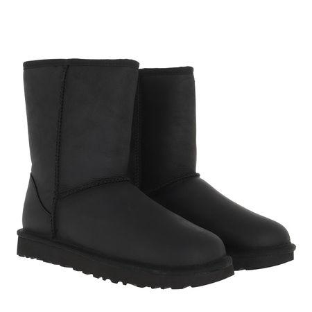 UGG  Boots & Stiefeletten - W Classic Short Leather - in schwarz - für Damen schwarz