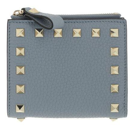 Valentino Garavani  Portemonnaie - Rockstud Flap French Compact Wallet Leather - in light blue - für Damen
