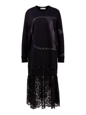 Valentino  - Sweatshirt-Kleid mit V-Logo und Spitzenrock SchwarzEin klassischer Baumwoll-Sweater in Schwarz von  wird diese Saison als Kleid mit einem Rock aus schwarzer Spitze kombiniert und lässt einen modernen und eleganten Look entstehen. Kom schwarz